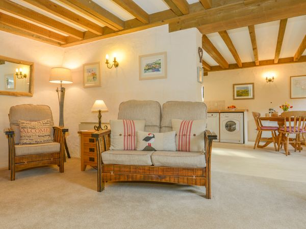 Miraculous Bramble Cottage Ringmore Devon Self Catering Holiday Short Links Chair Design For Home Short Linksinfo