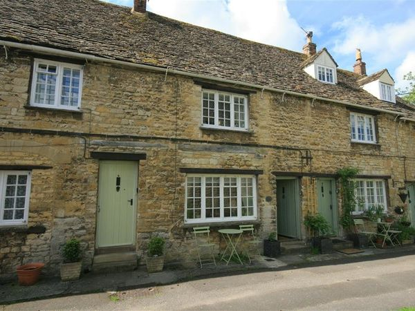 6  George Yard - Cotswolds - 988846 - photo 1