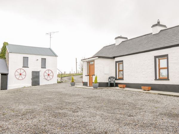 Mcs Cottage | Ballymote, County Sligo - Hogans Irish Cottages