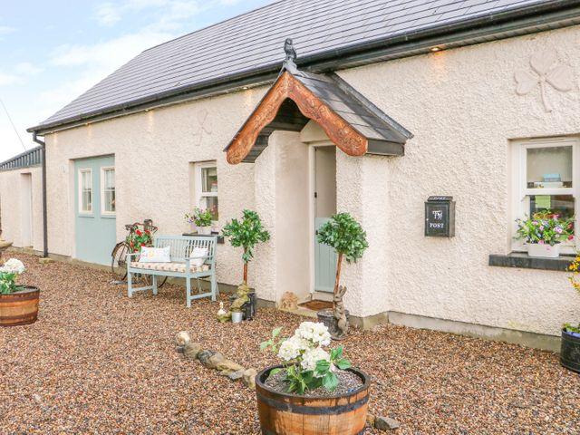 Lynchpin Cottage, Ireland