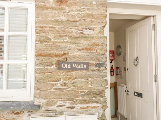 Old Walls - 1010587 - photo 1