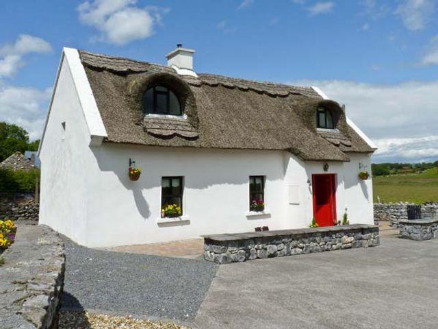 Ballyglass Thatched Cottage, Ireland