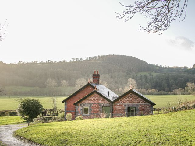 Bryn Gwalia Lodge photo 1