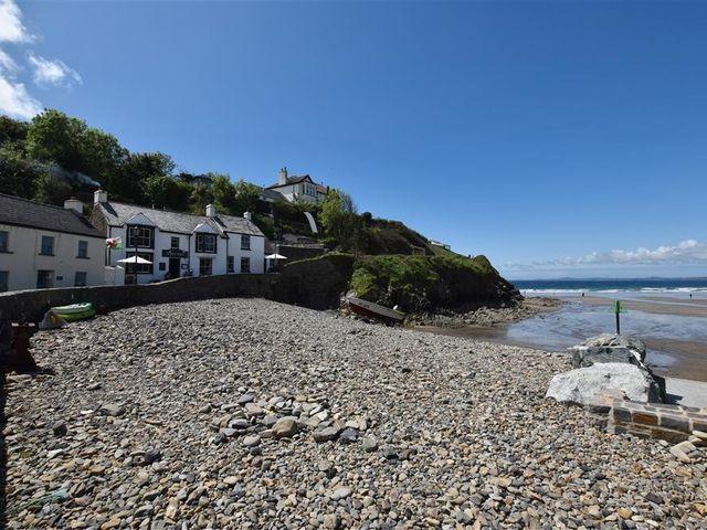 Beach Cottage - 1036169 - photo 1