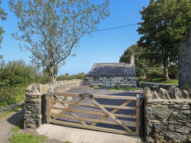 Bodfeurig Farm Cottage - 1038116 - photo 1