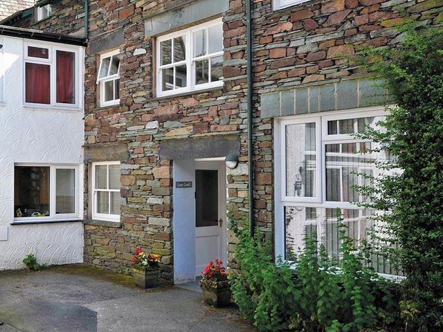 Low Croft Cottage - 1042069 - photo 1