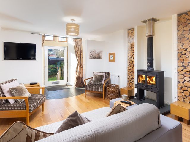 Two The Chapel - Staveley - 1046000 - photo 1