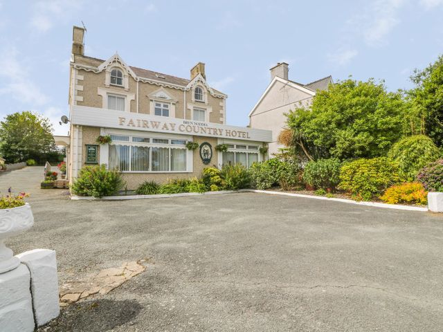 Bryn Noddfa/Fairway Country Hotel - 1047176 - photo 1
