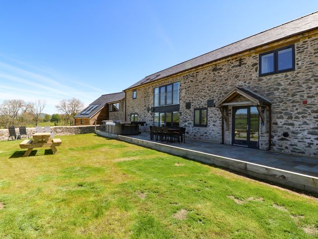 Bwthyn Y Bugail (Shepherd's Cottage photo 1