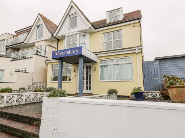 Ravensbury - 1052854 - photo 1