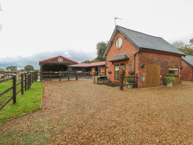 Acorn Cottage - 1053615 - photo 1