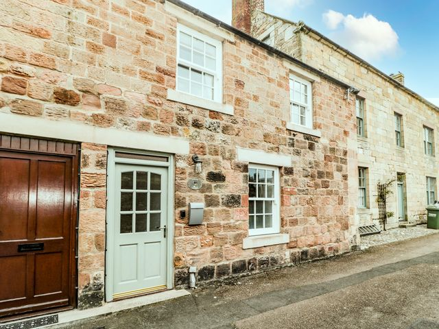 Curlew Cottage, 2 Fenkle Street - 1056704 - photo 1