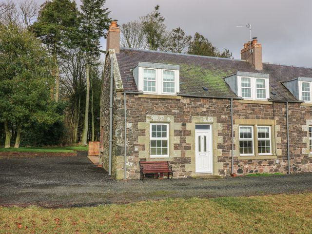 3 Hoselaw Farm Cottages - 1056893 - photo 1