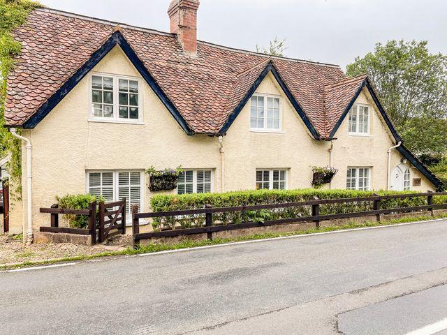 Shepherds Cottage - 1058446 - photo 1