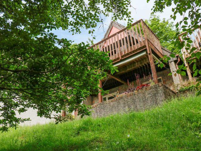 19 Honicombe Park - 1060202 - photo 1