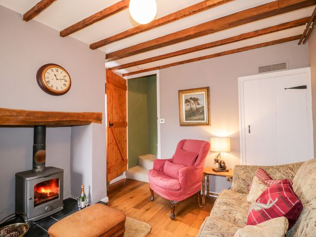 Beckside Cottage - 1061080 - photo 1