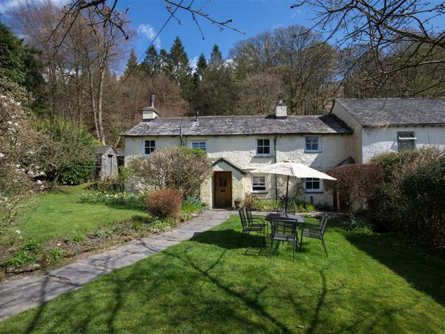 Fir Tree Cottage - 1067621 - photo 1