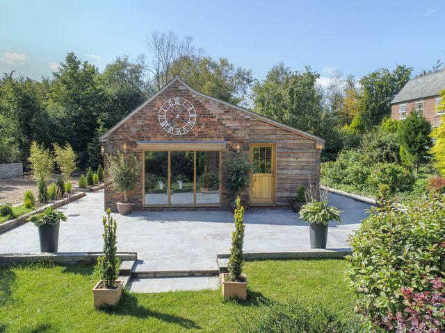 Ladycroft Barn photo 1