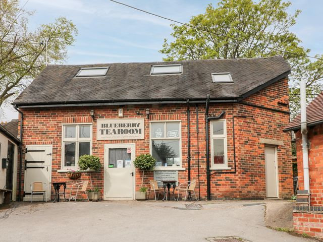 Over Blueberry Tearooms - 1068457 - photo 1