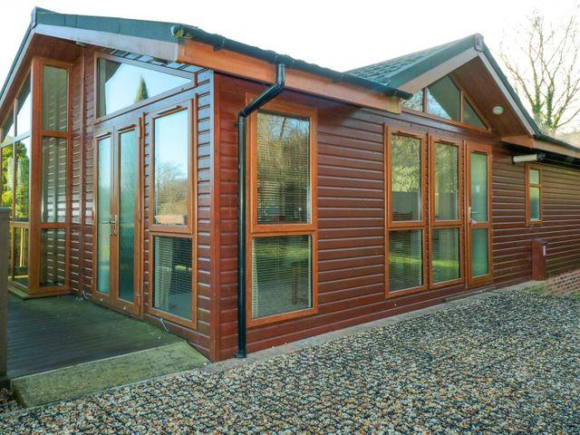 Oak Lodge - 1073898 - photo 1