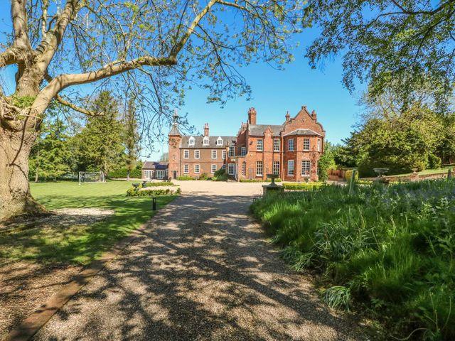 Gainsford Hall photo 1