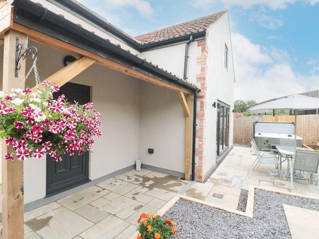 Bramley Cottage - 1074556 - photo 1