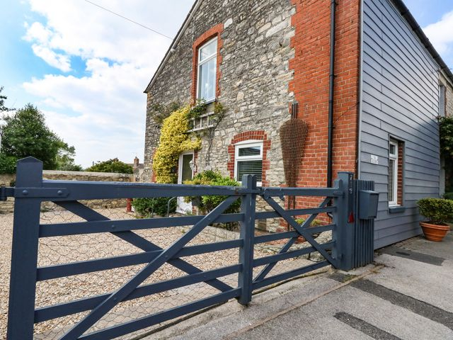 Lower Butchers Cottage - 1075372 - photo 1
