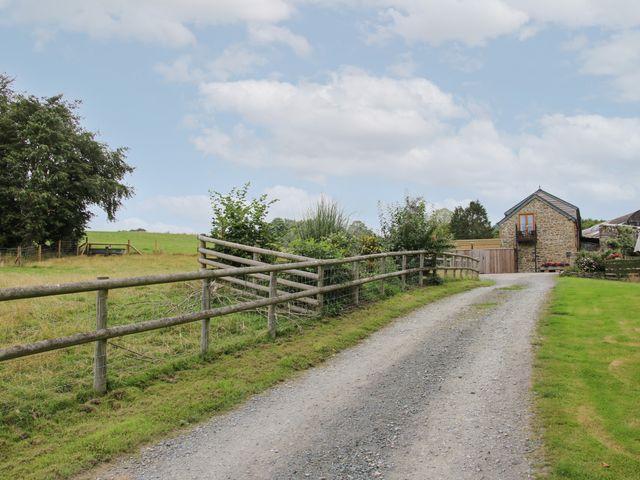 Meadow Barn photo 1