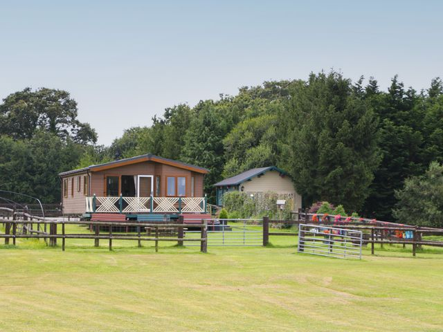 Hill View, Lilac Lodge - 1079216 - photo 1