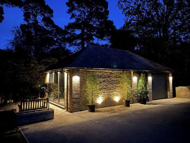 Surrey Hills Cottage - 1082989 - photo 1