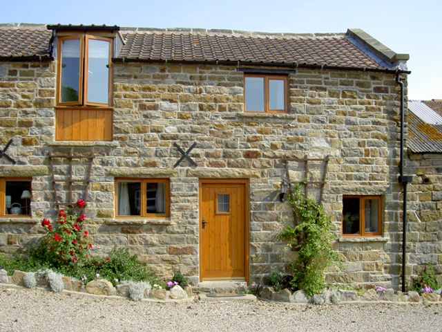 Hayloft Cottage - 1210 - photo 1