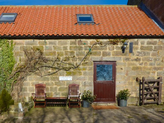 Daffodil Cottage, North York Moors And Coast