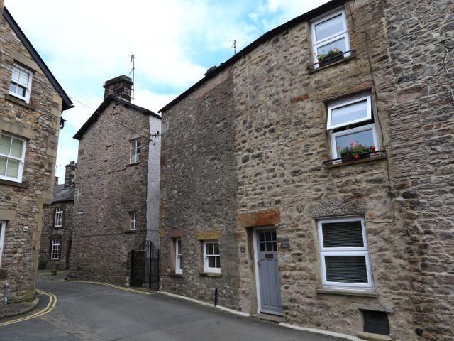 Back Cottage - 30834 - photo 1