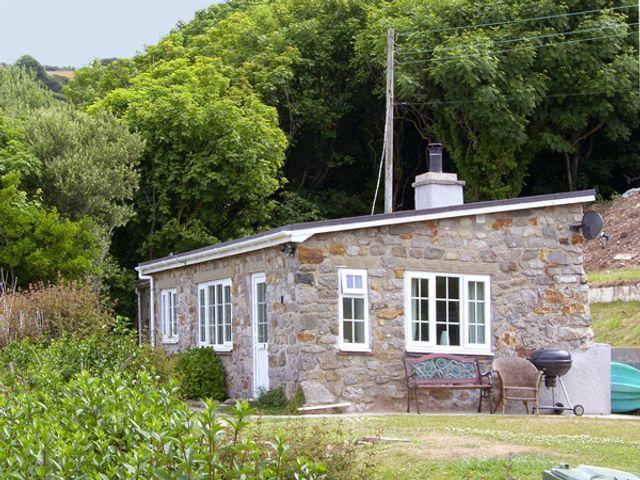 Hen Felin Isaf, Wales