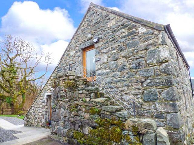 Y Dowlod, Wales