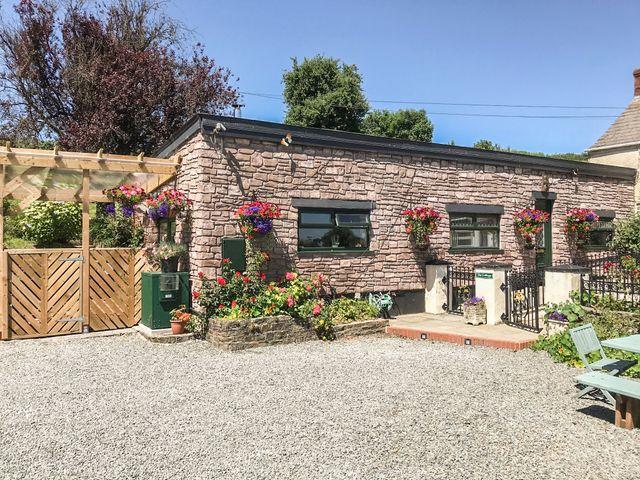 Ffynnonlwyd Cottage, Wales