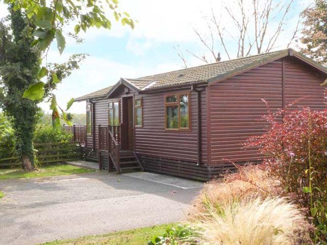 20 Borwick Heights, South lakeland leisure village