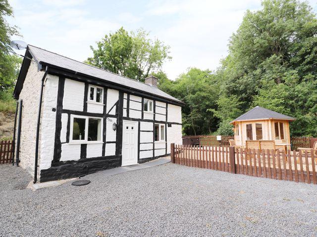 Little Mill, Wales