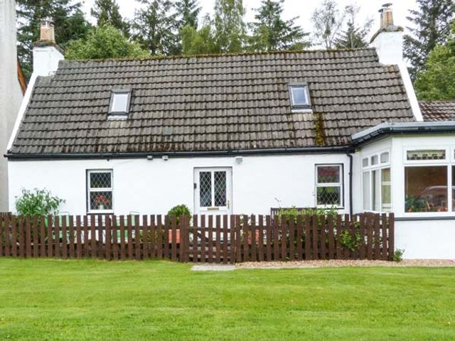 The Old Cottage at Inchbrine - 935415 - photo 1