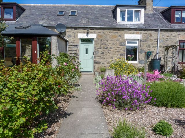 5 DISTILLERY COTTAGES, Scotland, Aberdeenshire, Banff, Inverboyndie