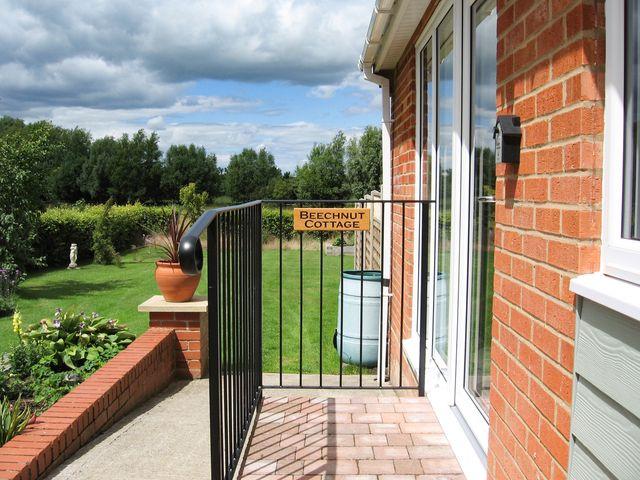 Beechnut Cottage - 952307 - photo 1