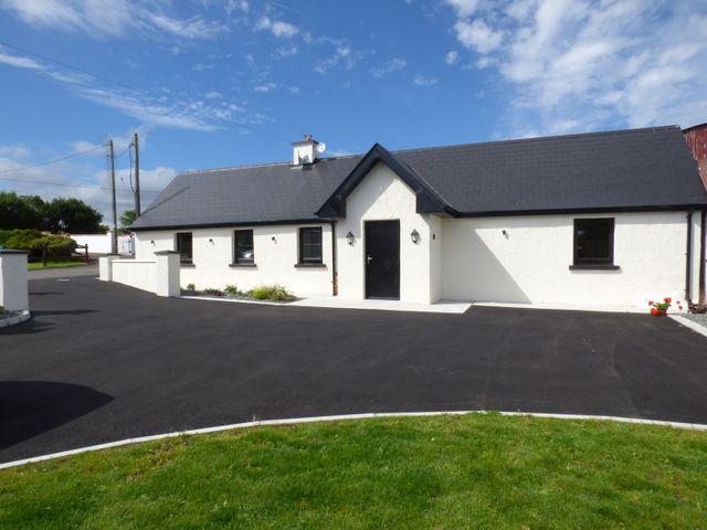 Laham Cottage, Ireland