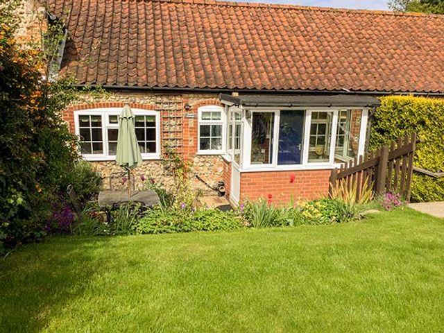 Pebble Cottage - 957216 - photo 1