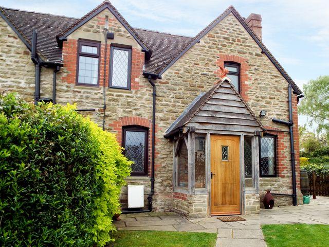 Alms Cottage - 959035 - photo 1