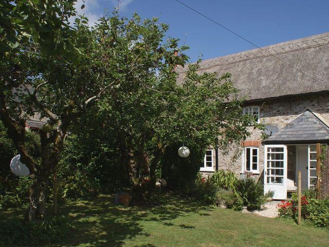 Brook Cottage - 976027 - photo 1