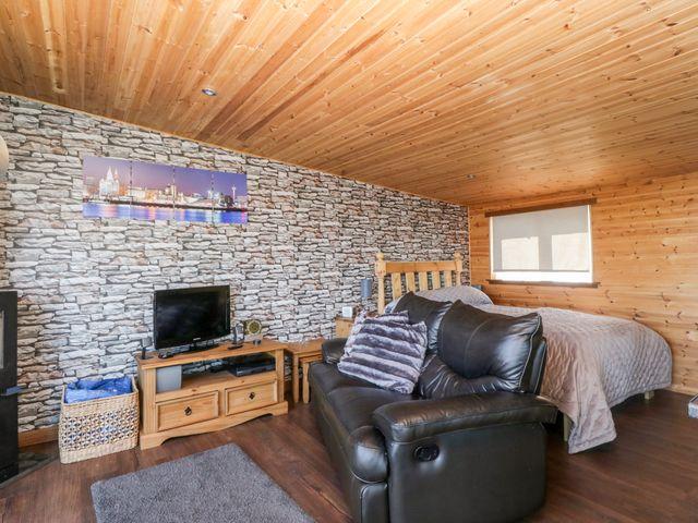 Blackbrae Cabin photo 1