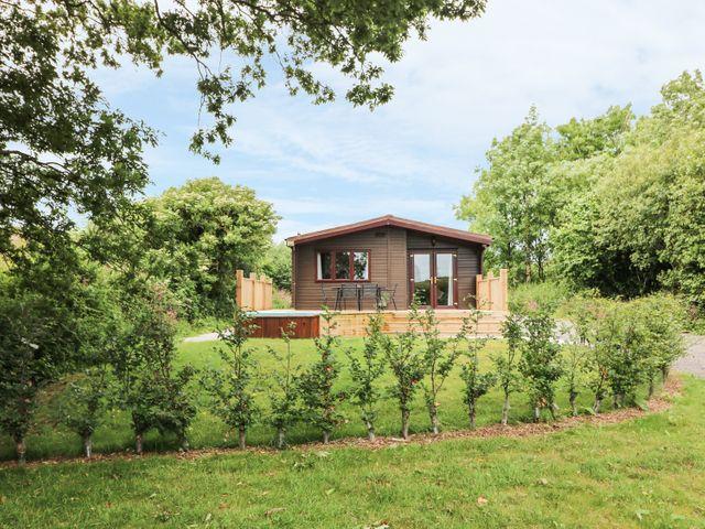 Oak Lodge - 983740 - photo 1