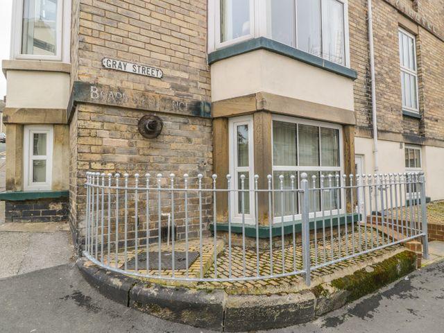 Apartment 6 - 9865 - photo 1
