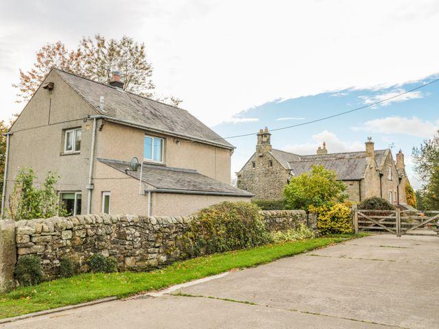 East Cottage - 986692 - photo 1