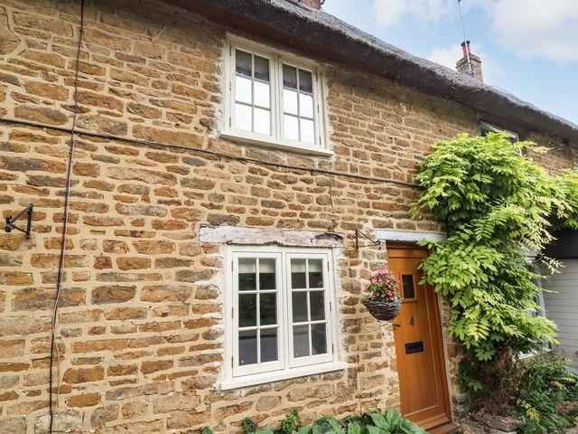 Hooky Cottage - 988863 - photo 1